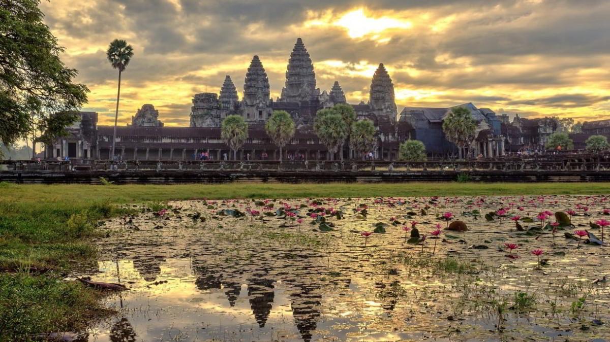 Viaggi: cosa serve per andare in Cambogia. Tutto sul visto