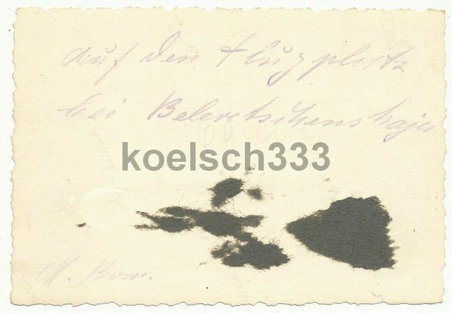 Foto-Soldaten-der-Wehrmacht-an-einem-russischen-Flugzeug-57