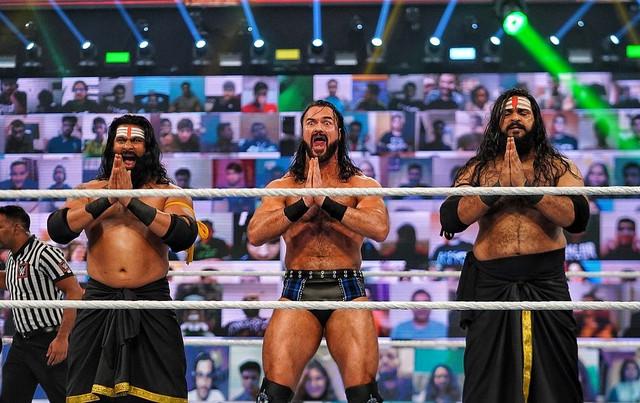 drew mcintyre Indus Sher Rinku y Sarav vencen a Jinder Mahal y The Bollywood Boyz WWE India 2021
