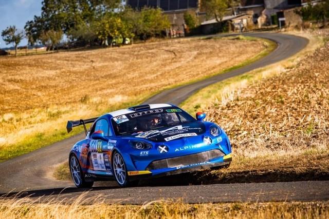 Manu Guigou, Sacré Champion De France Avec L'Alpine A110 Rally  5fbf647eab854400a90903bb