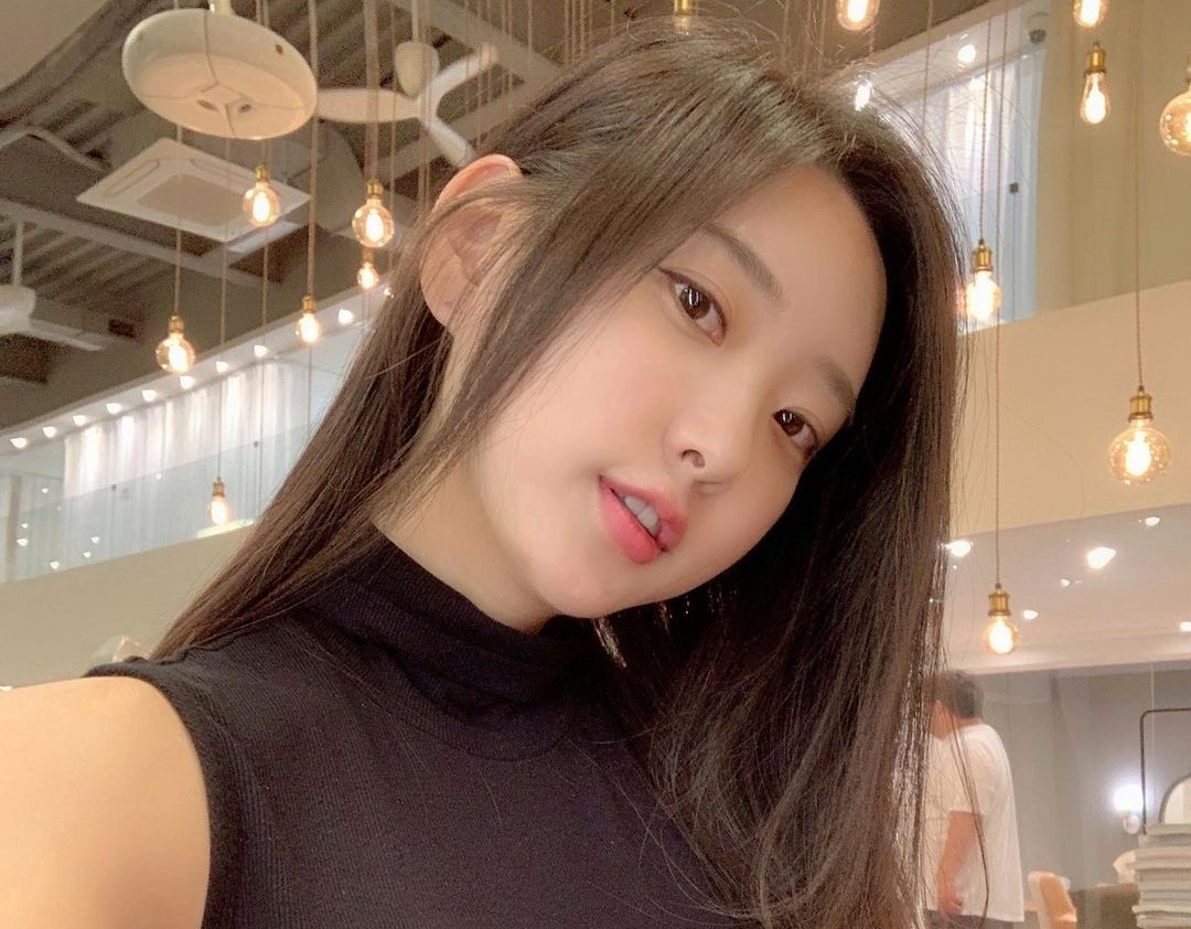 Shin-Jae-Eun-Wallpapers-Insta-Fit-Bio-18