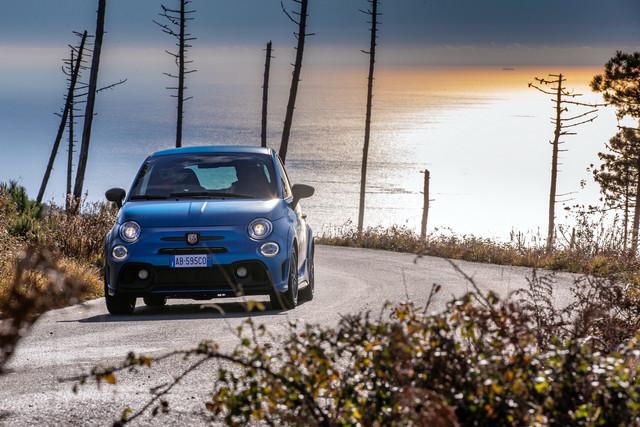 2015 - [Fiat] 500 Restylée - Page 24 A0-F2-F160-D430-4-B58-9-CC2-5-C7-CC52-C9-DCC