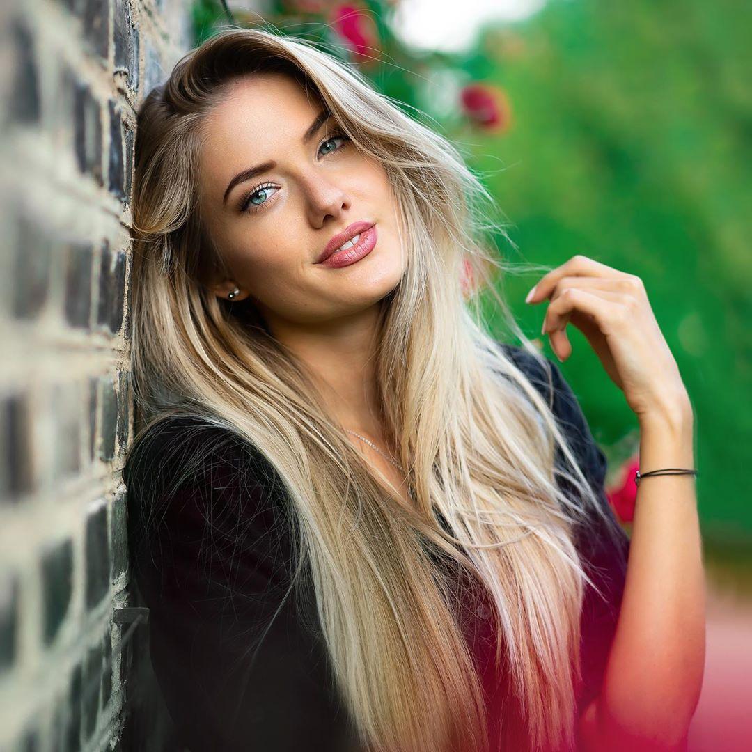 Alica Schmidt - Bio, Age, Height, Wiki, Instagram ...