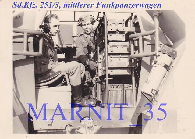 Foto-Panzer-Sturmgesch-tz-Stug-Ers-Abt-300-SDKFZ-251-3-Funkpanzerwagen1