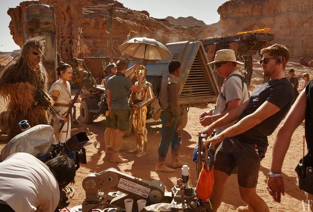 [Lucasfilm] Star Wars : L'Ascension de Skywalker (20 décembre 2019) - Page 11 Xx991