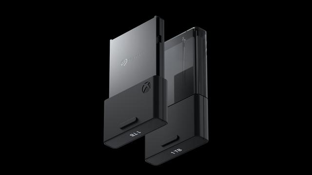 Xbox-Series-X-Tech-Ext-Storage-Alone-MKT