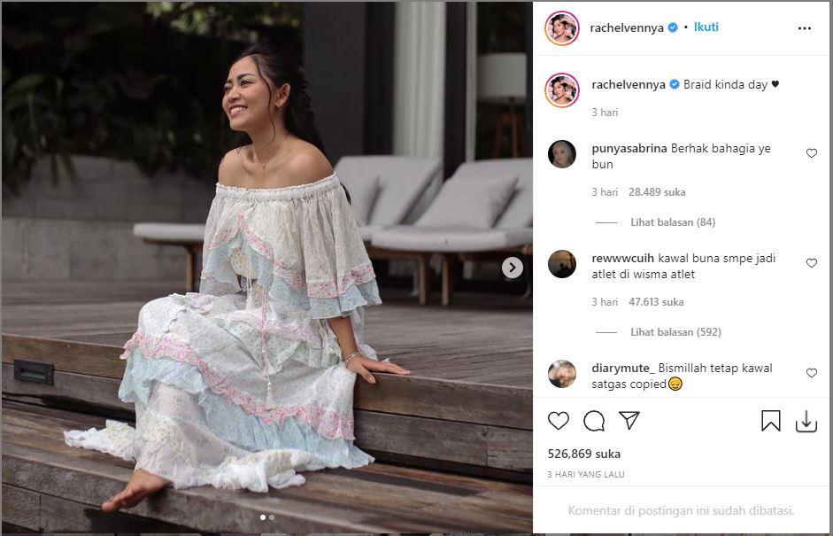 Unggahan terbaru Rachel Vennya saat liburan di Bali ditengah kabar yang mengonfirmasi dirinya kabur dari karantina Wisma Atlet.