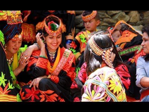 کیلاش قبیلے کا سالانہ مذہبی تہوار اوچال وادی کیلاش میں احتتام پذیر