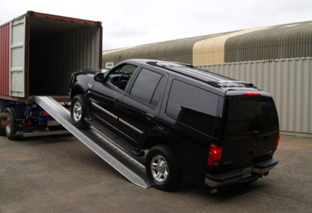 Modern Cars Transportation Services