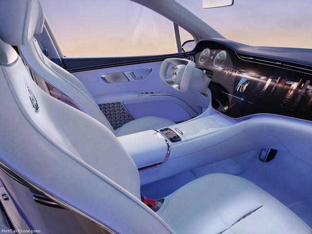 2021 - [Mercedes] EQS SUV Concept  BCD5-BC41-5963-42-E6-AE8-A-58432-E0-CEA96