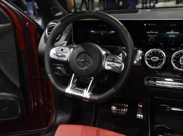 2018 - [Mercedes-Benz] GLB - Page 9 9819-D270-463-E-4-D57-9-F5-E-1-D25-FB1-AA9-F3