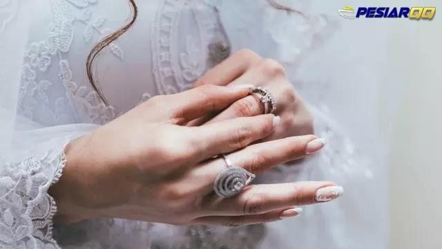 Alasan Pentingnya Bersihkan Perhiasan di Tubuh Saat Pandemi Corona COVID-19