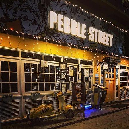 pebble-street