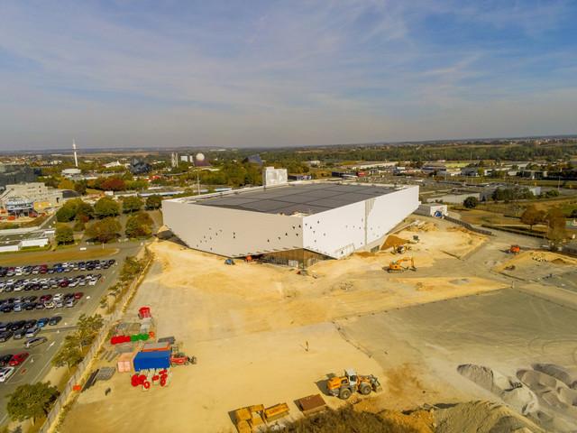 « Arena Futuroscope » grande salle de spectacles et de sports · 2022 - Page 21 103006282608-HDR