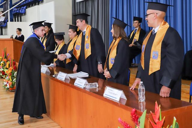 Graduacio-n-Cuatrimestral-44