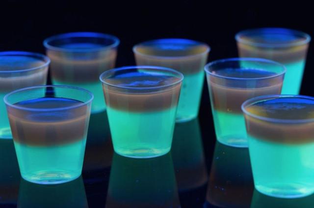 Glowing-Jell-O-Shots