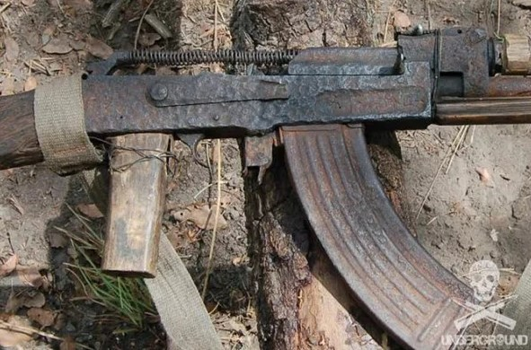 A copy of the AK 47 made in artisanal conditions