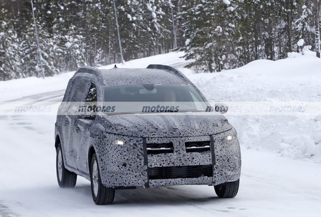 2022 - [Dacia] Jogger 03-D9-E9-D3-6116-4816-8173-7710-F0-B3-CCBD