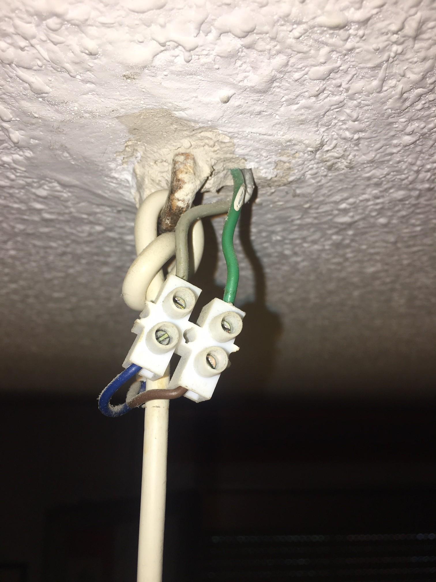 Instalación ventilador en casa antigua