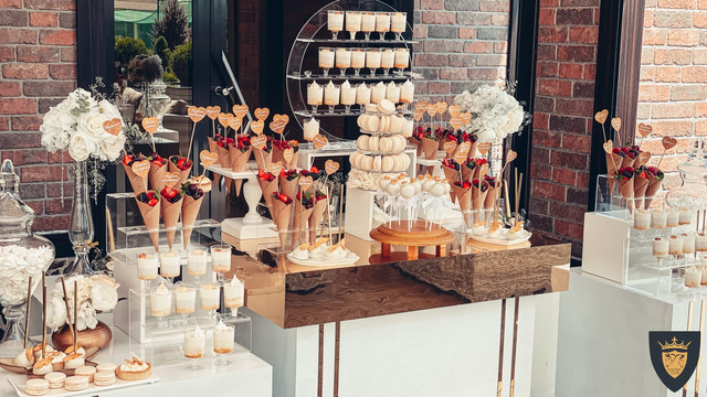 Свадебный банкет: организация свадьбы в загородном ресторане Equides Club