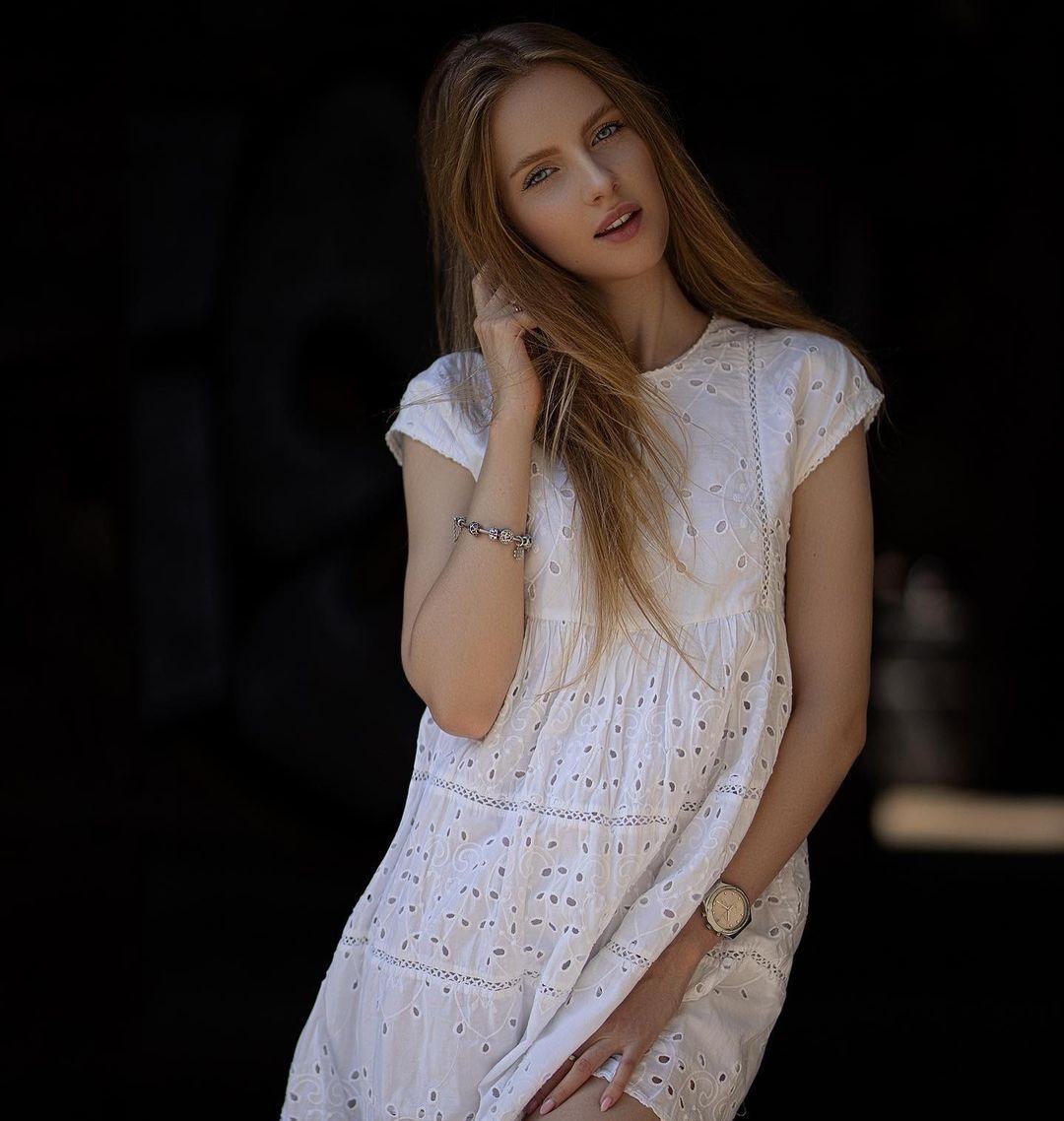 Nicole-marie-j-Wallpapers-Insta-Fit-Bio-2