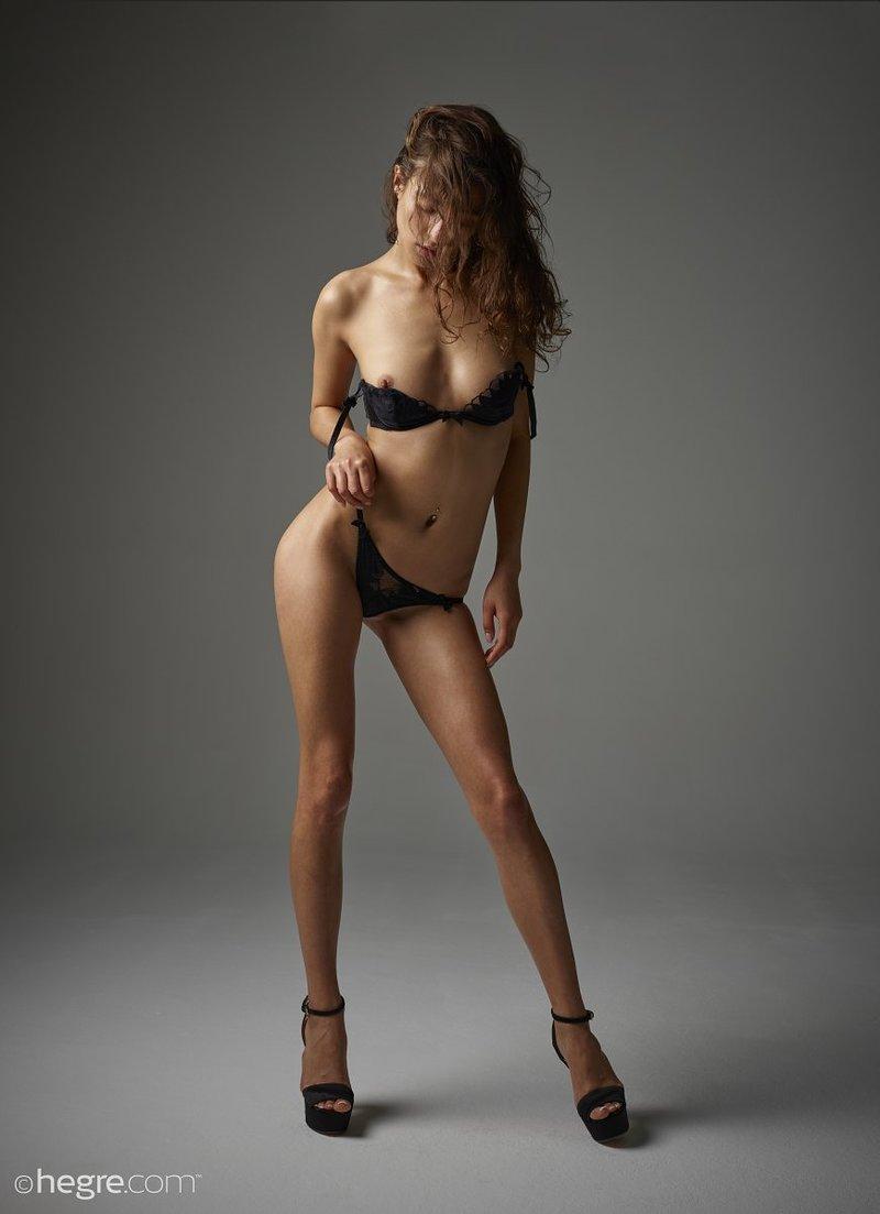 brunette-bombshell-sashenka-takes-off-her-black-lingerie-to-expose-her-assets-05-w800