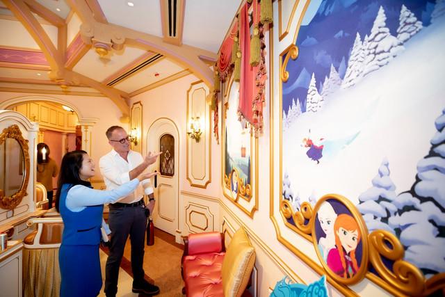 Hong Kong Disneyland Resort en général - le coin des petites infos - Page 14 B4