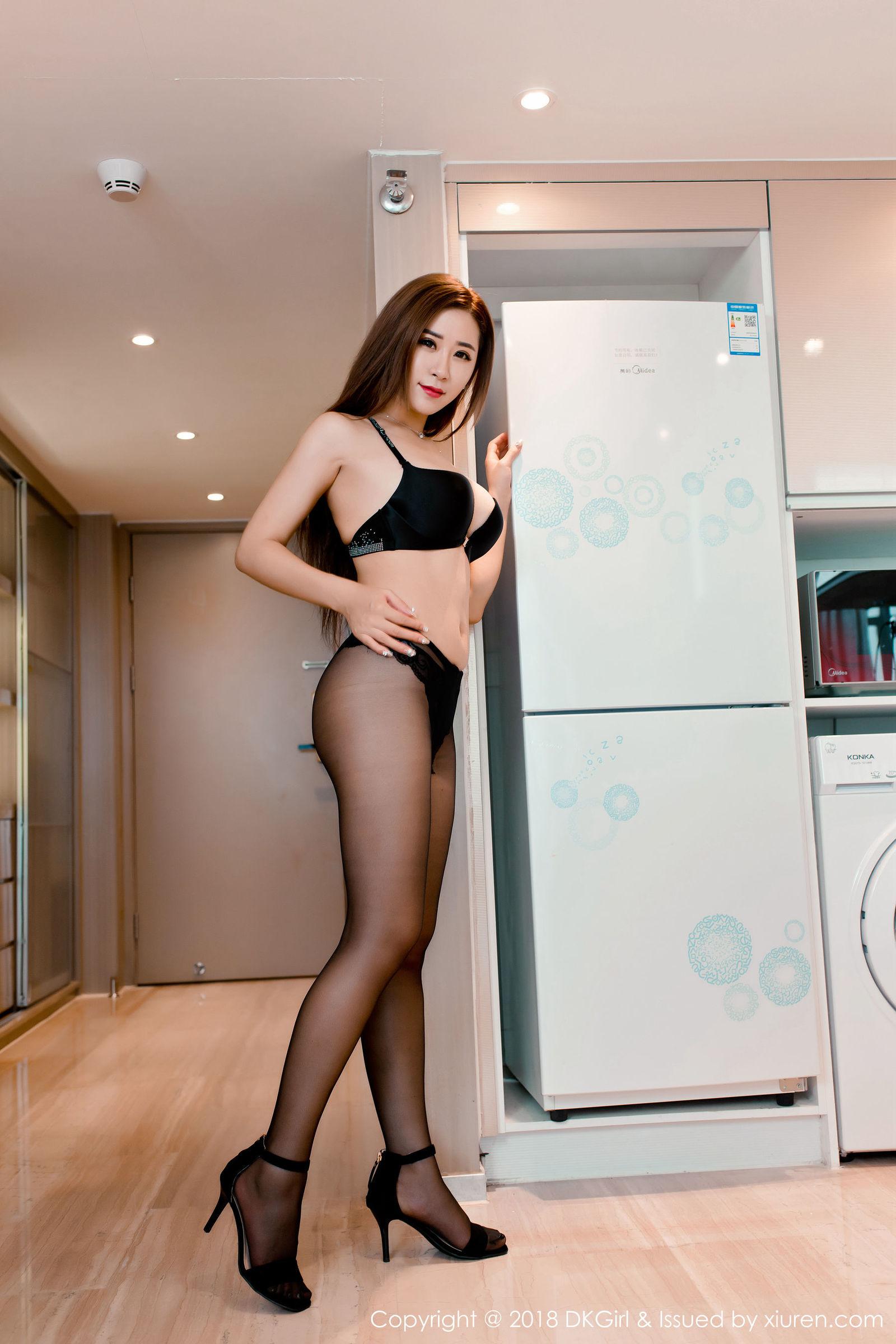 [DKGirl御女郎] Vol.086 新人模特@雪儿Cier首套写真