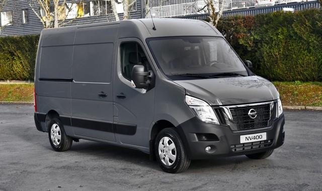 Série limitée Made in France pour les fourgons Nissan NV250, NV300 et NV400  NISSAN-NV-400-01-source
