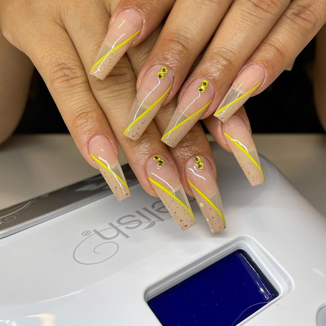 Level Up Your Gel Nail Artistry! Save Time (And Money, Too)