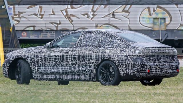 2023 - [BMW] Série 5 / M5 [G60 / G61] 4-BCA066-B-1-CE5-455-E-8-ED0-E75439-E01-D7-E