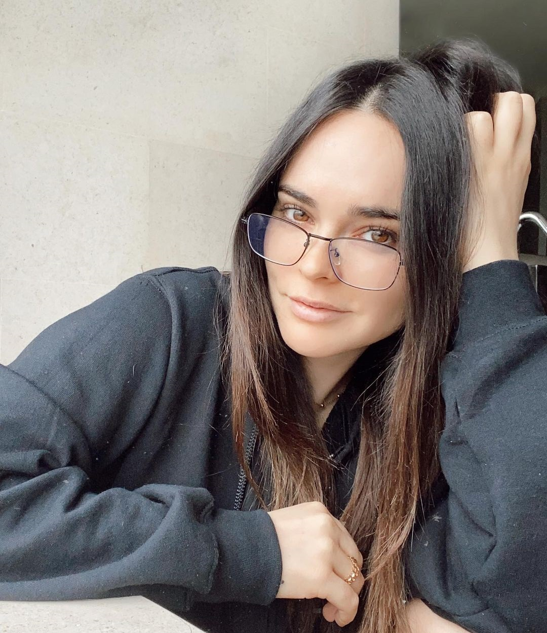 Fabiola-Guajardo-Wallpapers-Insta-Fit-Bio-11