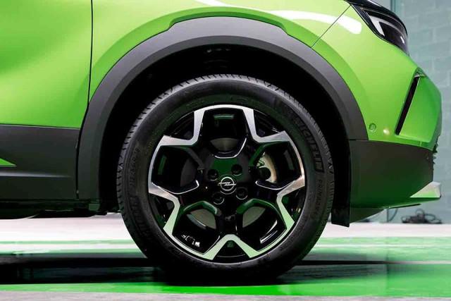 2020 - [Opel] Mokka II [P2QO] - Page 6 08-CB246-A-0089-4156-A9-CC-2-A7-B48353-F56