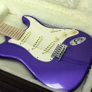 Quero mandar pintar meu baixo, o preço ta bom ? Guitarra-sgt-st-classic-purple-loja-1