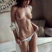 sensual-marta-03-5f551c18-0467-4683-9b98-e90bdf8bb570