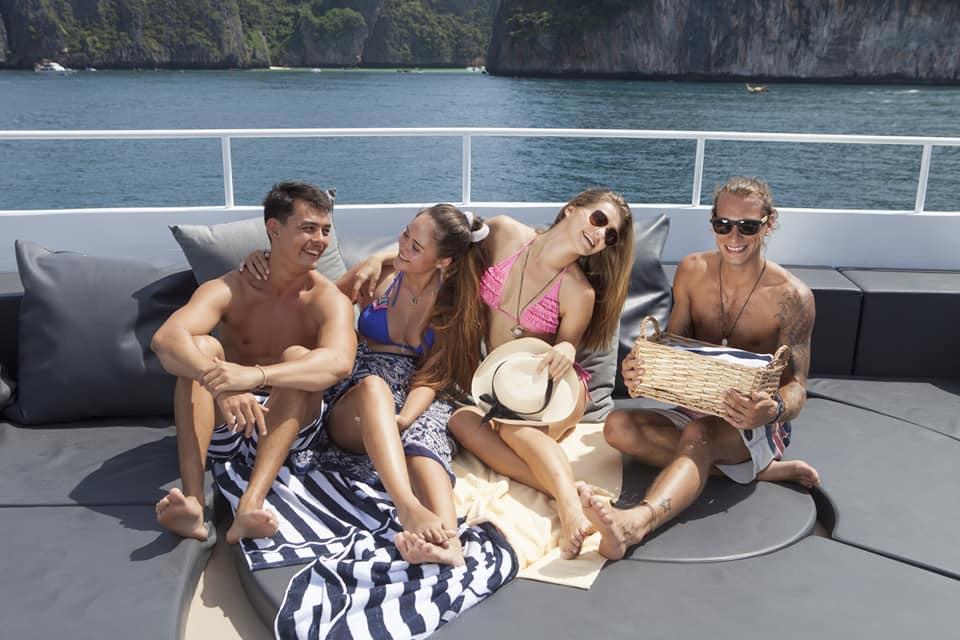 phi phi island by big boat-travel needs help