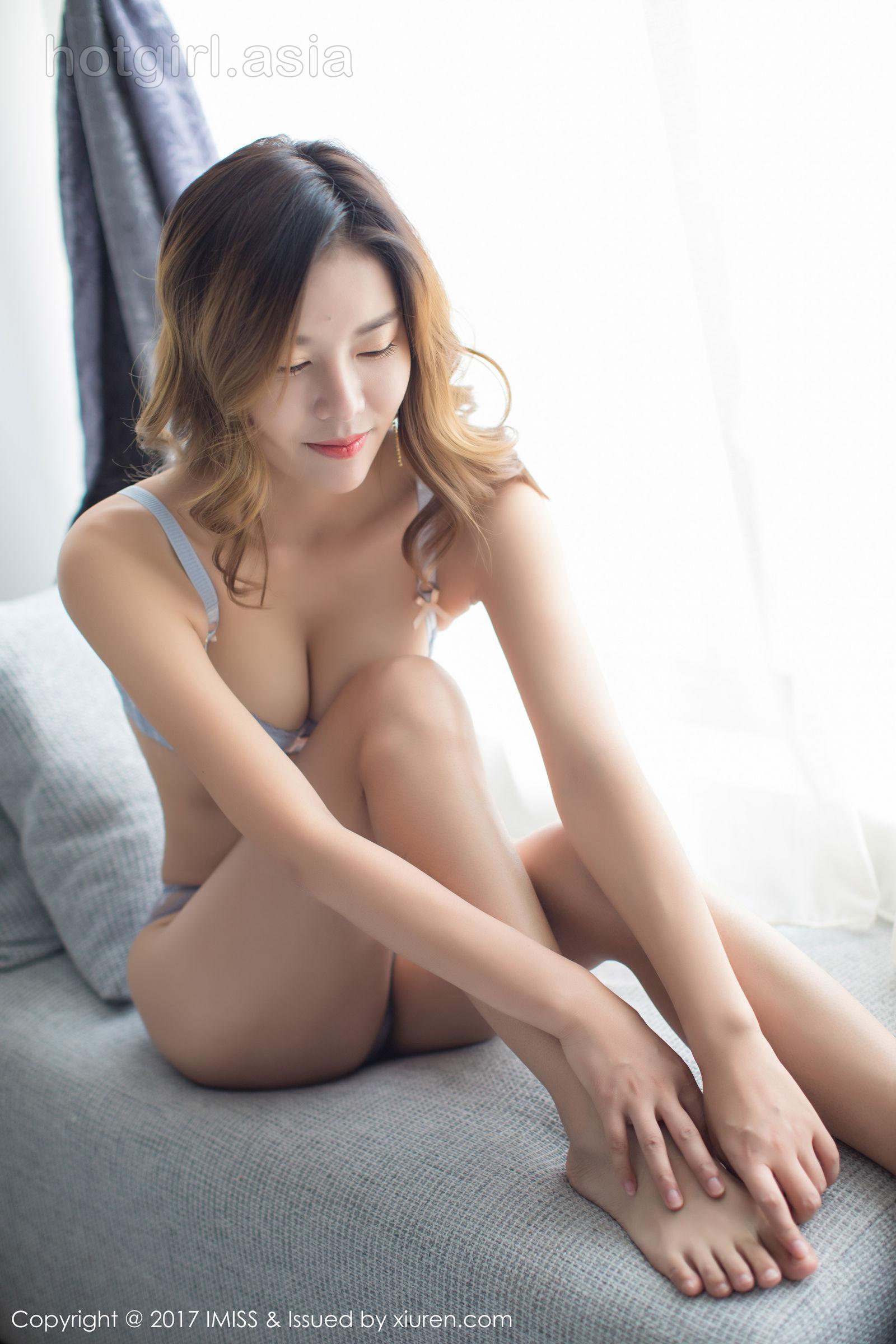 [IMiss 爱 蜜 社] Vol.200 Yiyi Yiyi-Yu Jie type beauty