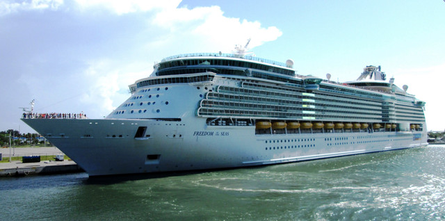 MS-Freedom-of-the-Seas-Port-Canaveral-Florida