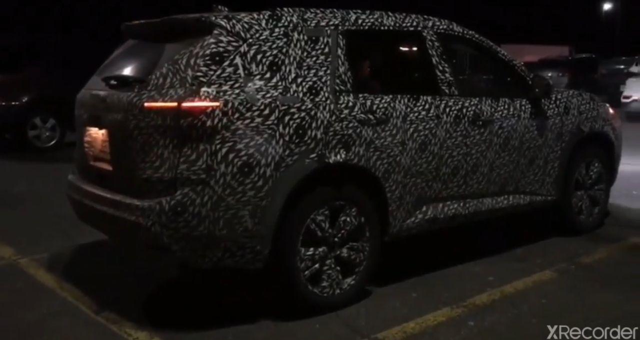 2021 Nissan X-Trail / Rogue 29