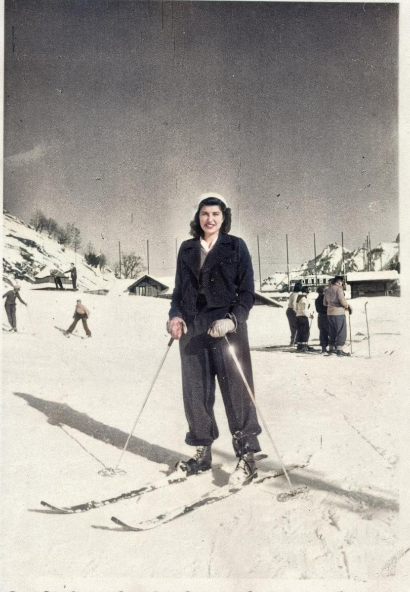 Mum-ski-colour