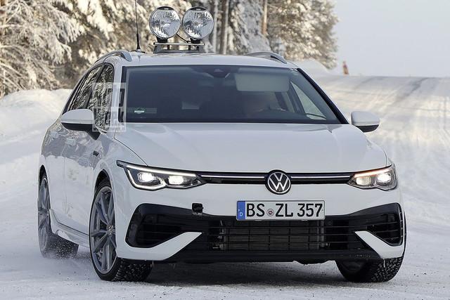 2020 - [Volkswagen] Golf VIII - Page 25 EB1-CC52-D-1212-420-D-AE52-9601-ADA3-F99-E