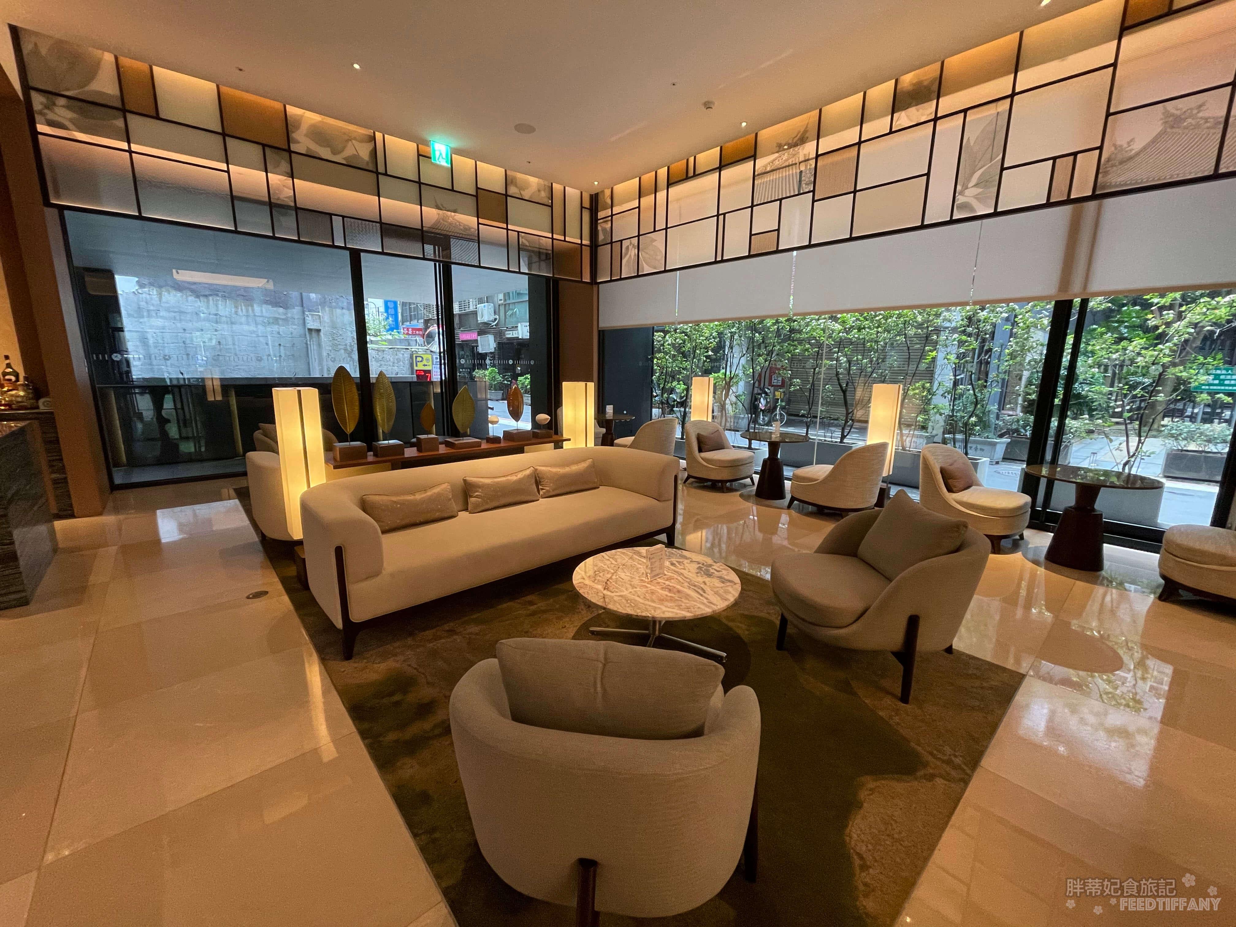 台北中山九昱希爾頓逸林酒店 一樓沙發區
