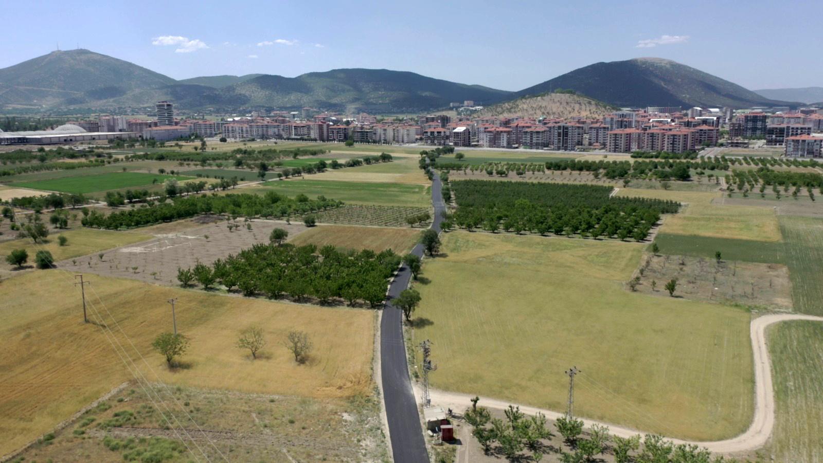 26-05-2021-cunur-akkent-kadastro-yol-asfalt-1