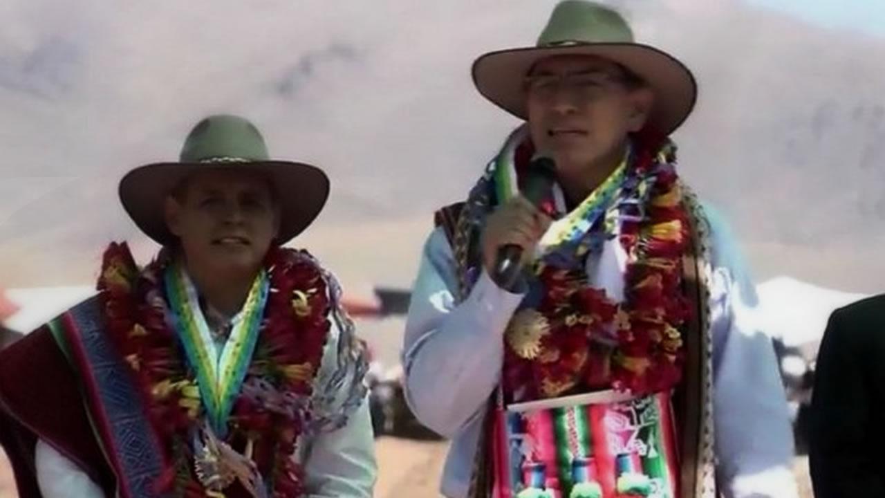 Ilave: Martín Vizcarra anuncia duplicar pastos cultivados con miras al Bicentenario
