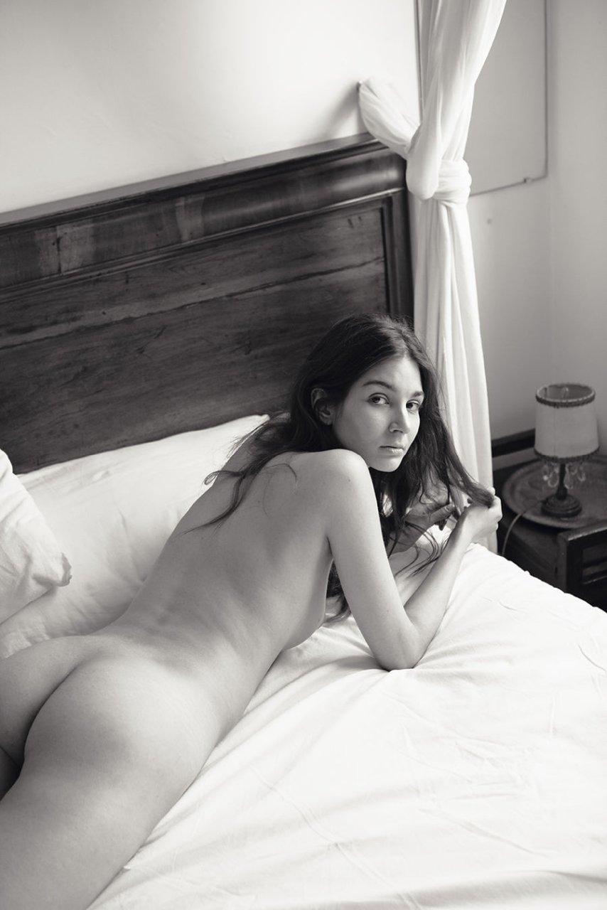 Lina-Lorenza-Nude-The-Fappening-Blog-com-7