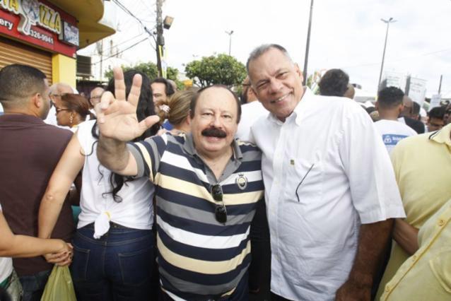 Levy-Fidelix-e-Joao-Henrique-campanha-governo-PRTB-2018-foto-reproducao-facebook