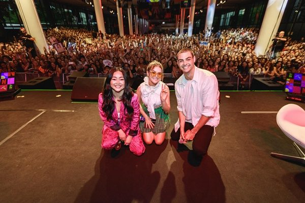 Netflix-PANEL-Noah-Centineo-Lana-Condor-at-TUDUM-2020-Tuesday-28-Jan-in-Sao-Paulo-Brazil