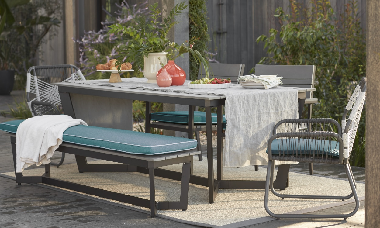 How to Choose the Best Metal Patio Furniture