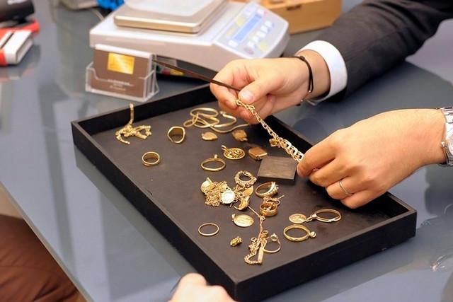 скупка золотых украшений в ломбарде