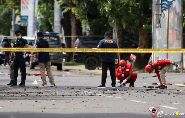 Mahfud Minta Polri Usut Tuntas Jaringan Teroris di Katedral Makassar